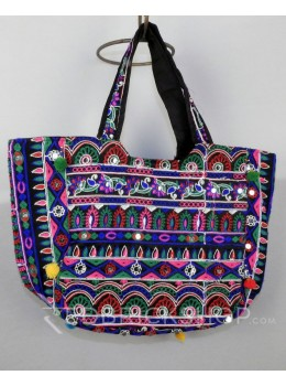 DROP FLORAL POMPOM BLACK KUTCHI TOTE BAG