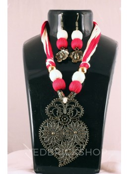 GERMAN SILVER LEAF ANTIQUE THREAD RED, CREAM JEWELLERY SET
