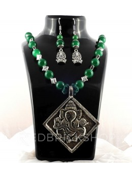 GERMAN SILVER DIAMOND GANESH GREEN BEAD JEWELLERY SET