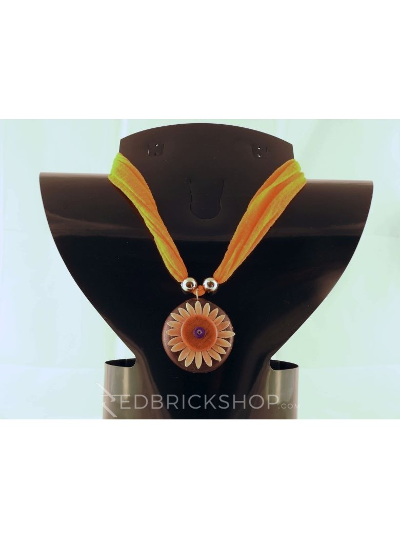 VEGETABLE SEED FLOWER ORANGE NECKLACE