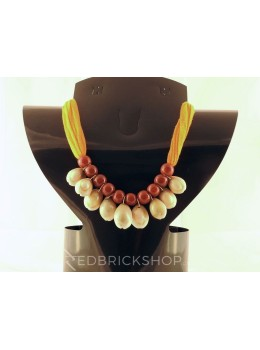 COWRIE SHELL ORANGE BROWN BEAD NECKLACE