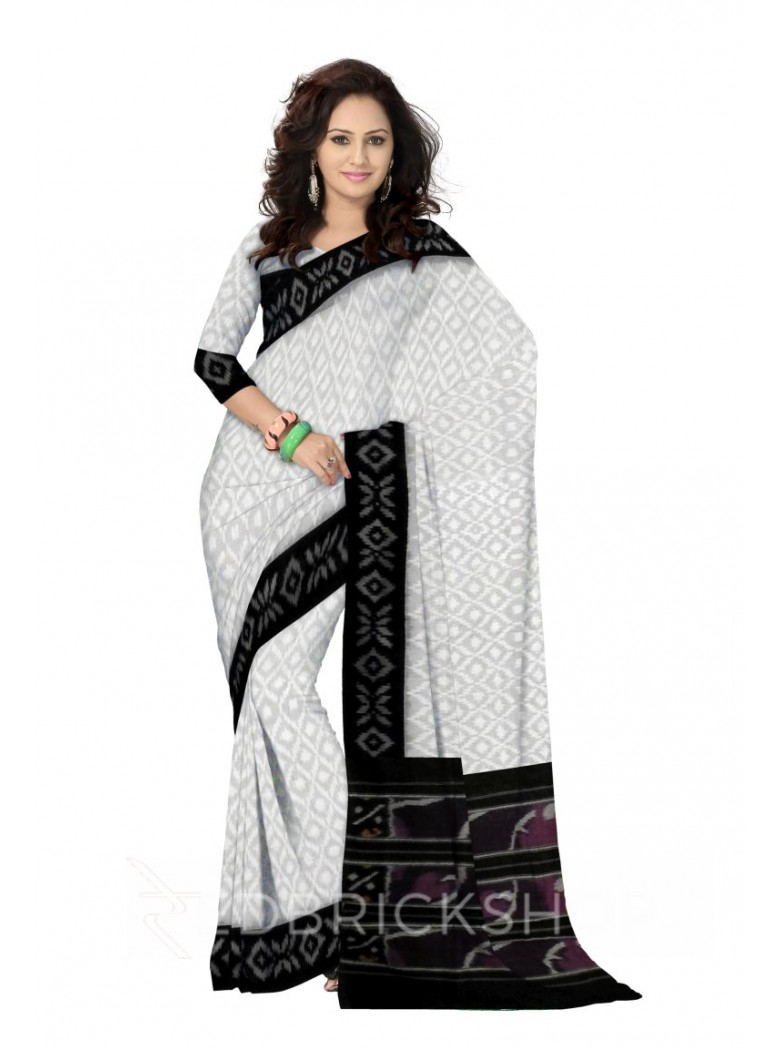 POCHAMPALLY IKKAT SMALL DIAMOND WHITE, BLACK COTTON SAREE