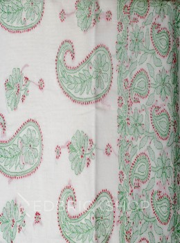 CHIKAN PAISLEY OFF WHITE-RED-GREEN COTTON CHANDERI SAREE