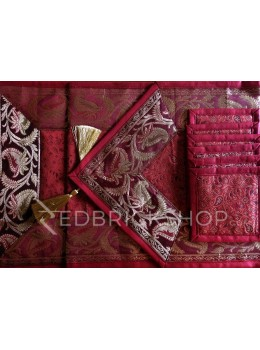 BENARASI SILK FLORAL PAISLEY MAROON, GOLD TABLE SET - 1 RUNNER, 6 MATS AND 6 COASTERS
